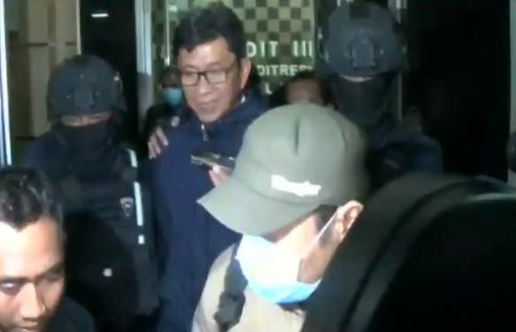 """Diciduk KPK, Eddy Rumpoko : """"Uang Nya Juga Saya Nggak Tau"""""""