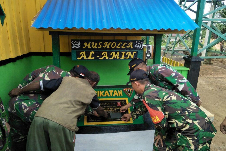 Satgas Raider 500/Sikatan Dirikan Musholla di Perbatasan Indonesia-Papua Nugini